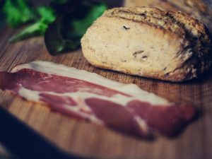 Best Bacon Cooker: Reviews and Buying Guide